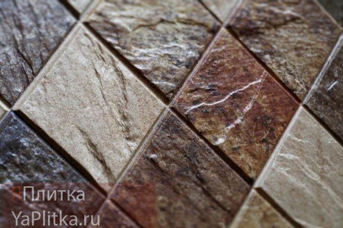 кафель на деревянный пол в деревянном доме
