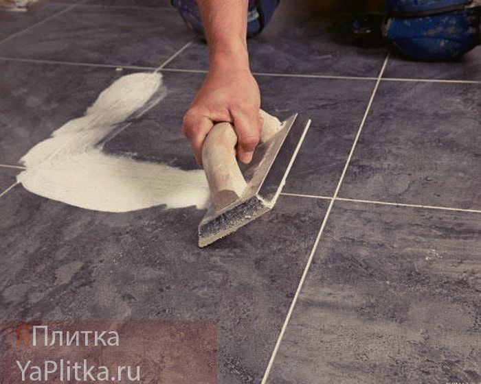 как уложить кафель на деревянный пол