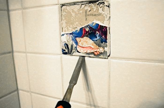как снять старый кафель со стены