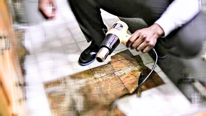 как снять старый клей с керамической плитки