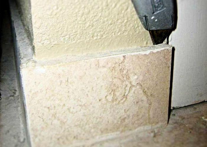 обновить старую керамическую плитку на кухне