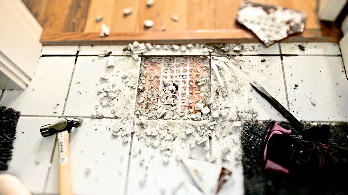как снять старый кафель