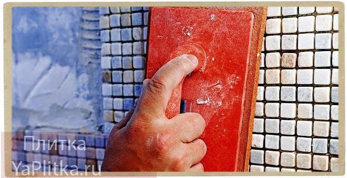 укладка мозаики из натурального камня